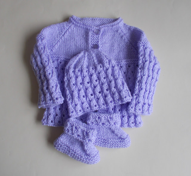 lilac-blossom-baby-set-free-knitting-pattern - Free Baby Knitting