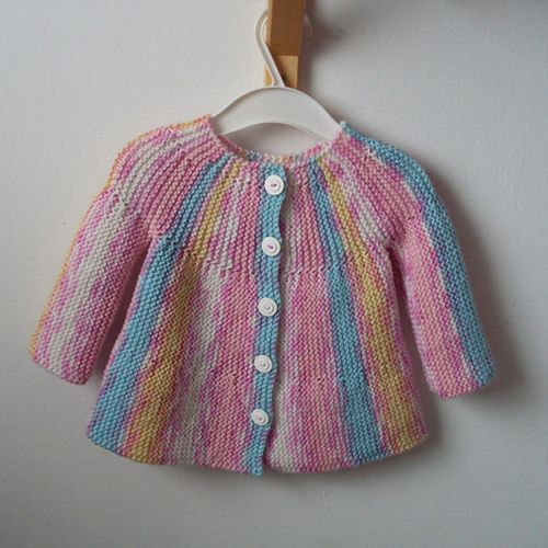 Baby Knitting Patterns Online : Little Jamboree Free Cardi Knit Pattern for Baby - Free Baby Knitting
