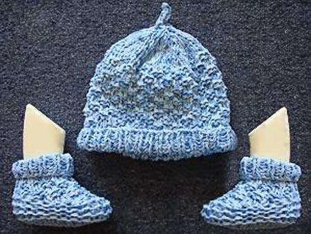 Free Two Needle Blocks Baby Booties Knitting Pattern