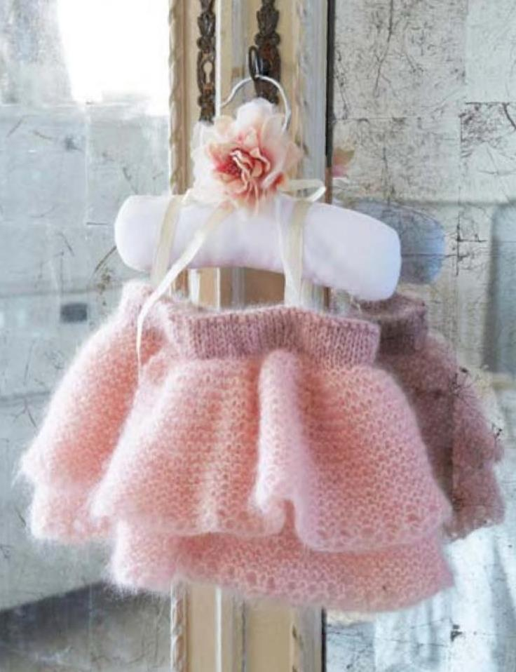 Baby tutu knitting pattern