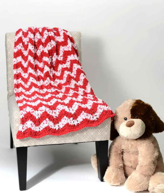 Free knitting pattern for a chevron baby blanket